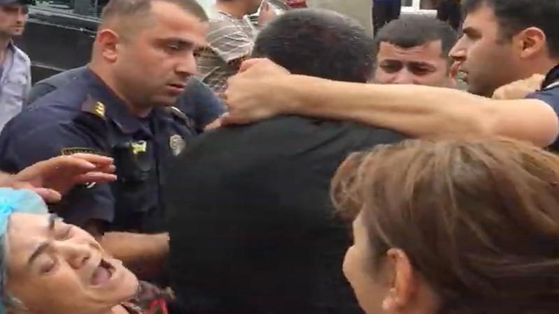 ՏԵՍԱՆՅՈՒԹ. Ինչպես են ոստիկաններն Ախալքալաքում ընտանիքի ներկայությամբ ծեծում հայ երիտասարդի
