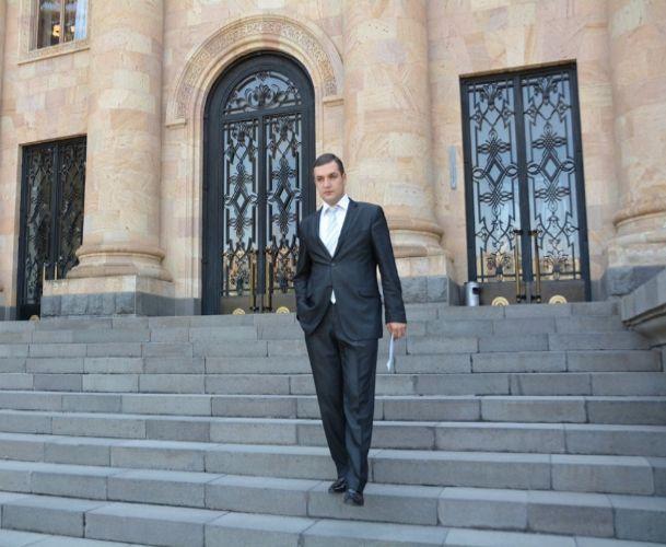 Տիգրան Ուրիխանյանը հրաժարվում է պատգամավորական մանդատից