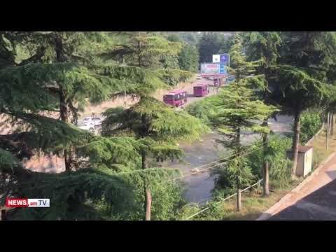 Իշխանությունները ավտոբուսներով ոստիկանության զորքեր են տեղափոխում Իջեւան