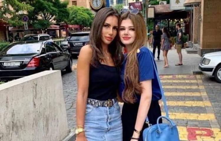 ՖՈՏՈ. Վլադիմիր Գասպարյանի դուստրն ու Դավիթ Տոնոյանի քրոջ աղջիկն իրար «սեր են խոստովանում»