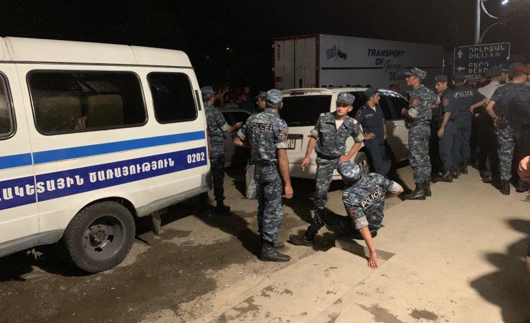 Իջևանի անկարգությունների դեպքով 13 անձ ձերբակալվել է, 6-ը ստորագրությամբ ազատ են արձակվել