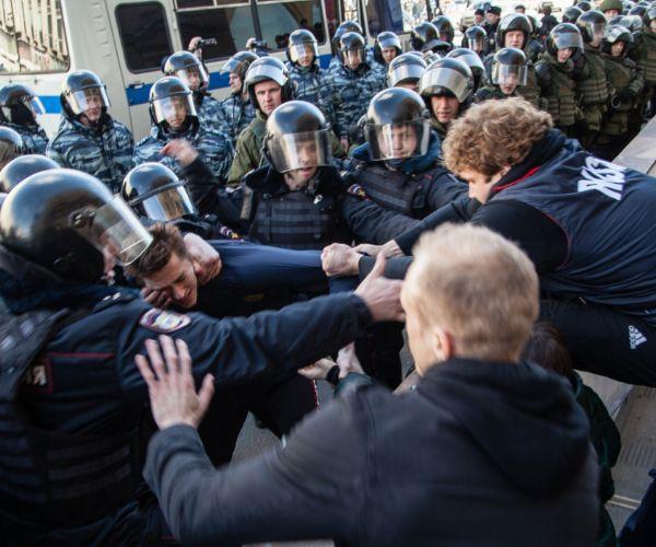 Մոսկվայում ակցիայի ընթացքում կալանավորվածների մեջ 22 հայ կա․ ովքե՞ր են նրանք