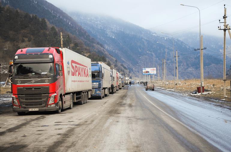 Անհայտ անձինք Ստեփանծմինդայում ծեծել են ցորեն տեղափոխող հայ վարորդների