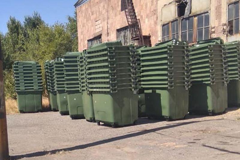 ՖՈՏՈ. 600 նոր աղբաման հասավ Երևան