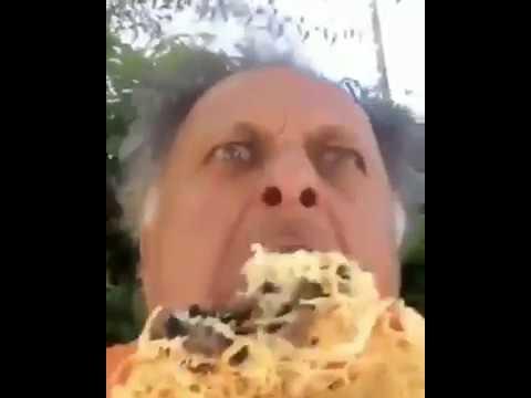 ՏԵՍԱՆՅՈՒԹ. Սերգեյ Դանիելյանը պիցցա է ուտում և գոռում՝ «Քոչարյան հերոս»