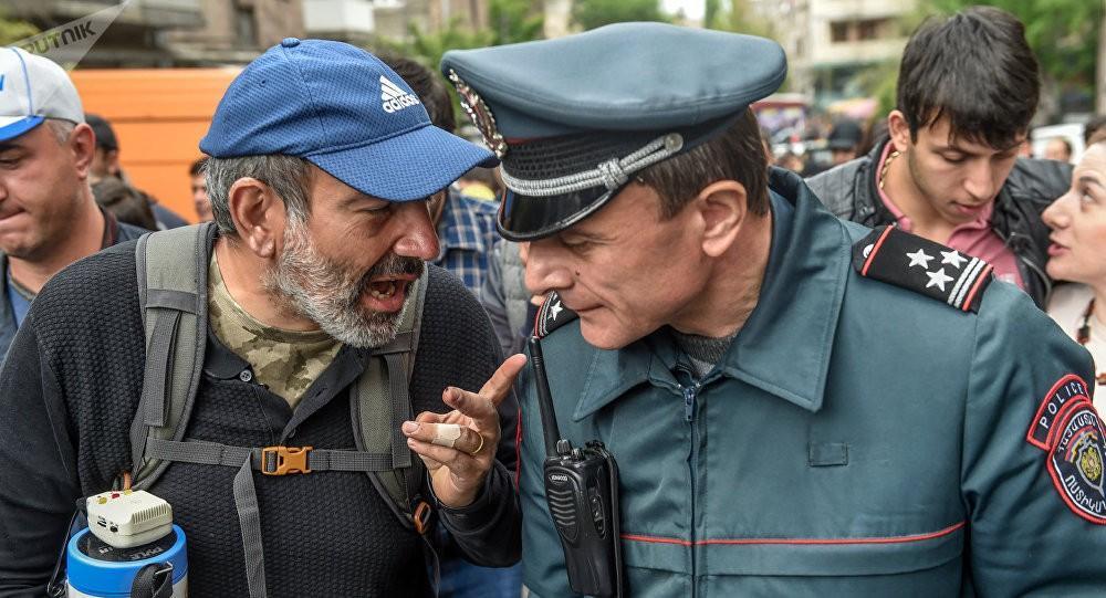 Ո՞վ է կանգնած Օսիպյանի հրաժարականի հետևում և ինչ գիտի նախկին ոստիկանապետը
