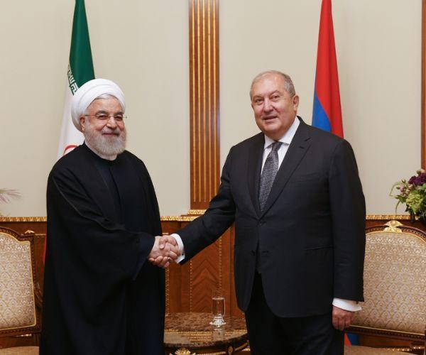 ՏԵՍԱՆՅՈՒԹ. Նախագահ Արմեն Սարգսյանը հյուրընկալել է Իրանի նախագահ Հասան Ռոհանիին