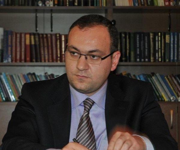 Ձերբակալվել է ՀՀ ԱԺ աշխատակազմի ղեկավարի նախկին տեղակալ Արսեն Բաբայանը