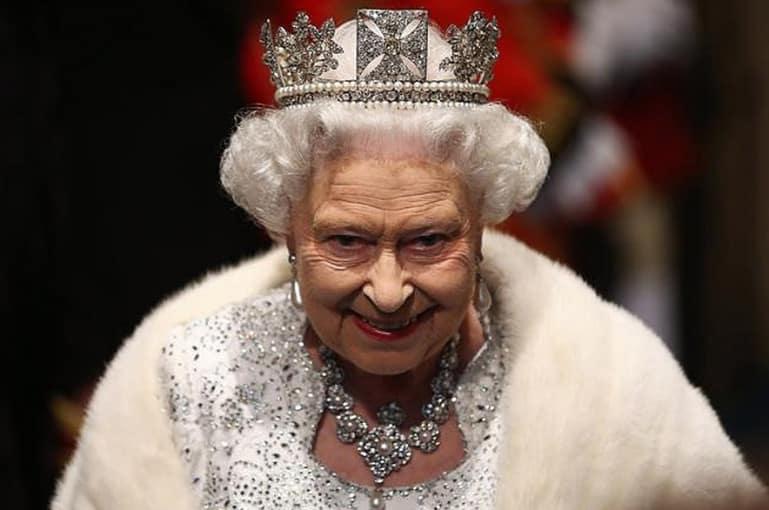 «Չվիճե՛ս ինձ հետ, ես թագուհի եմ». Էլթոն Ջոնը հետաքրքիր դրվագներ է ներկայացրել