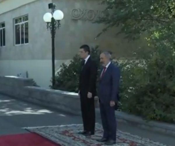 Ուղիղ միացում. Ուրախ եմ Երևանում հյուրընկալել Վրաստանի իմ գործընկերոջը. Նիկոլ Փաշինյան