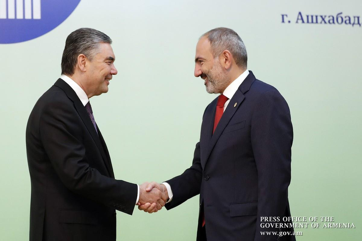 Վարչապետ Նիկոլ Փաշինյանը հանդիպել է Թուրքմենստանի նախագահ Գուրբանգուլի Բերդիմուհամեդովի հետ