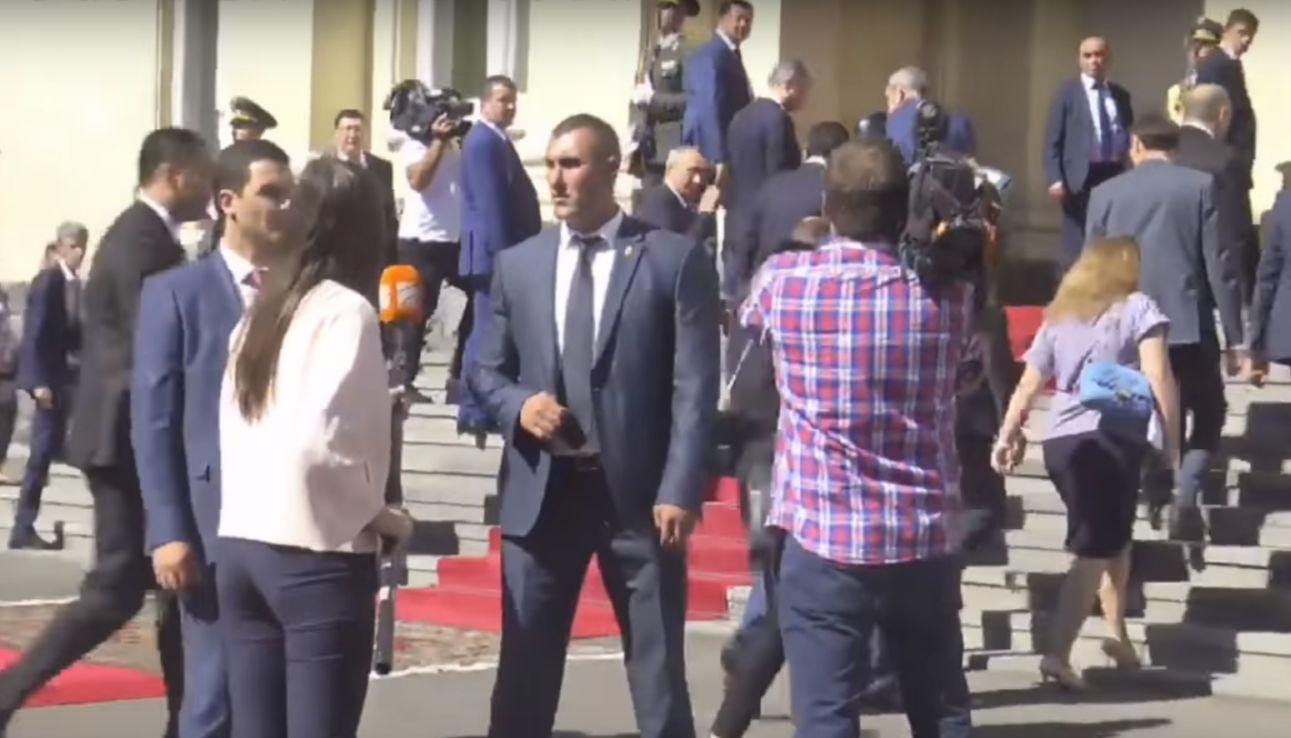 ՏԵՍԱՆՅՈՒԹ. Միջադեպ՝ Պուտինի այցի ժամանակ. վրացի լրագրողը հարցը տվեց բղավելով