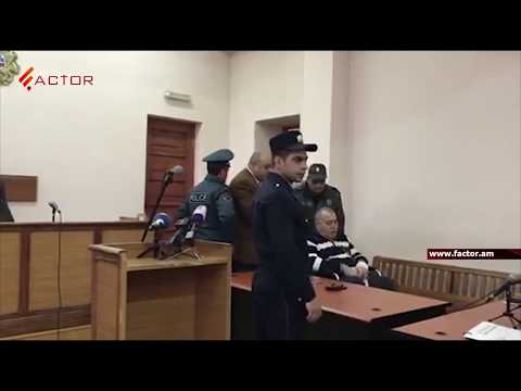 ՏԵՍԱՆՅՈՒԹ. Մանվել Գրիգորյանին դատարան բերեցին սայլակով. դատարանում նրան ծափերով դիմավորեցին