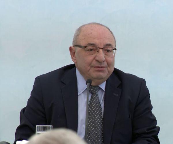 Վազգեն Մանուկյանը հրաժարական է տվել