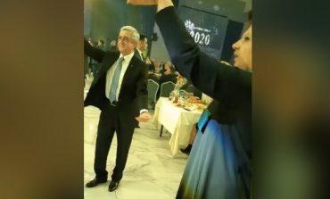 Պարում է Սերժ Սարգսյանը. նոր տեսանյութեր