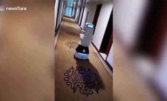 ՏԵՍԱՆՅՈՒԹ. Չինաստանի` կարանտին գոտում գտնվող մարդկանց սնունդ է հասցնում ռոբոտը