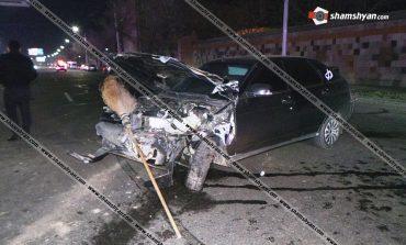 ՖՈՏՈ. Երեւանում ՖՈՏՈ. «ՎԱԶ-21124»-ը բախվել է КАМАЗ-ին ու վրաերթի ենթարկել 2 հավաքարար կանանց. Նրանցից մեկը տեղում մահացել է