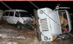 ՖՈՏՈ. Խոշոր ավտովթար Արագածոտնի մարզում․ բեռնատարը կողաշրջվել է․ կան վիրավորներ