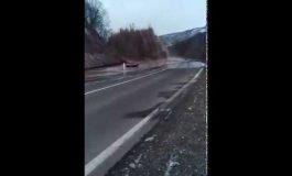 Բացառիկ կադրեր. Ջրագծի խոշոր վթար՝ Վանաձոր-Ալավերդի ճանապարհին