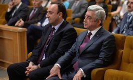 ՏԵՍԱՆՅՈՒԹ. Գործարք է եղել Սերժ Սարգսյանի և Հրայր Թովմասյանի միջև՝ միմյանց ցմահ պաշտոնավարելու հնարավորության շուրջ