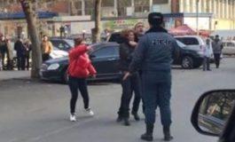 Դանակով սպառնացող տղամարդուն ոստիկանները վնասազերծել են