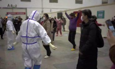 ՏԵՍԱՆՅՈՒԹ. Չինաստանում ինչպես է բուժանձնակազմը պարում կորոնավիրուսով հիվանդների համար