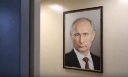 ՏԵՍԱՆՅՈՒԹ. Ինչպես են ռուսները արձագանքում Պուտինի՝ վերելակում փակցված նկարին