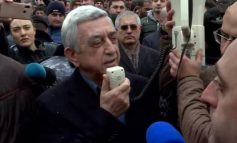 Ինչո՞ւ Սերժ Սարգսյանը դատարան մտավ ծառայողական մուտքով