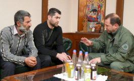 Նախարար Տոնոյանն ընդունել է մահացած զինծառայող Վահրամ Ավագյանի հարազատներին