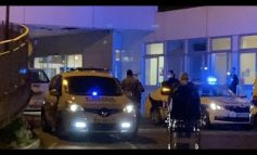 ՏԵՍԱՆՅՈՒԹ. Ֆրանսիայի ոստիկանները ծափահարում են հայ երիտասարդներին
