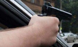 ՖՈՏՈ. Արտակարգ դեպք Երևանում. հետախուզման մեջ գտնվող 27-ամյա քաղաքացին կրակոց է արձակել իրեն հետապնդող ոստիկանների ուղղությամբ