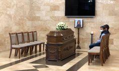 ՏԵՍԱՆՅՈՒԹ. Սերժ Սարգսյանն ու Հրայր Թովմասյանը ներկա են եղել Արոնյանի կնոջ՝ Արիաննե Կաոլինիի հոգեհանգստին