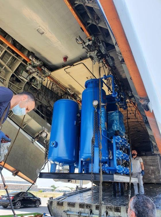 ՖՈՏՈ. Չինաստանից ժամանած մեր բեռնատար ինքնաթիռով ստացանք 500 թթվածնային խտացուցիչներ