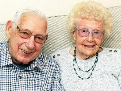 ՖՈՏՈ.  71 տարի միասին ապրած ամուսինները կորոնավիրուսից հինգ օրվա տարբերությամբ են մահացել